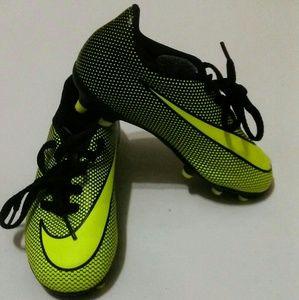 Nike Brava II Size 10C